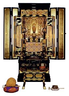 日本の墓:仏壇のすべて:宗派別の仏具と仏壇供養:天台宗 天台宗 【本尊】 天台宗の本尊としては、